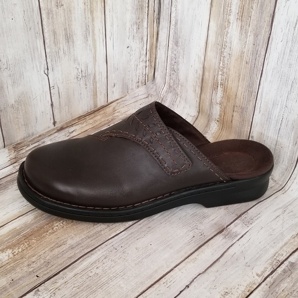 84f2ba456f Clarks Shoes - CLARKS Womens Brown Leather Mule Slide Shoes 10W